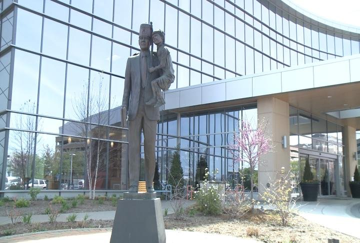 A statue stands outside the Shriners Hospitals for Children – St. Louis.