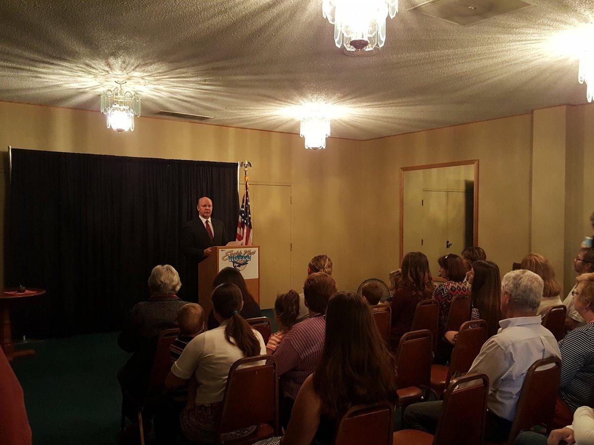 Jeff VanCamp announces run for Quincy mayor Monday morning.