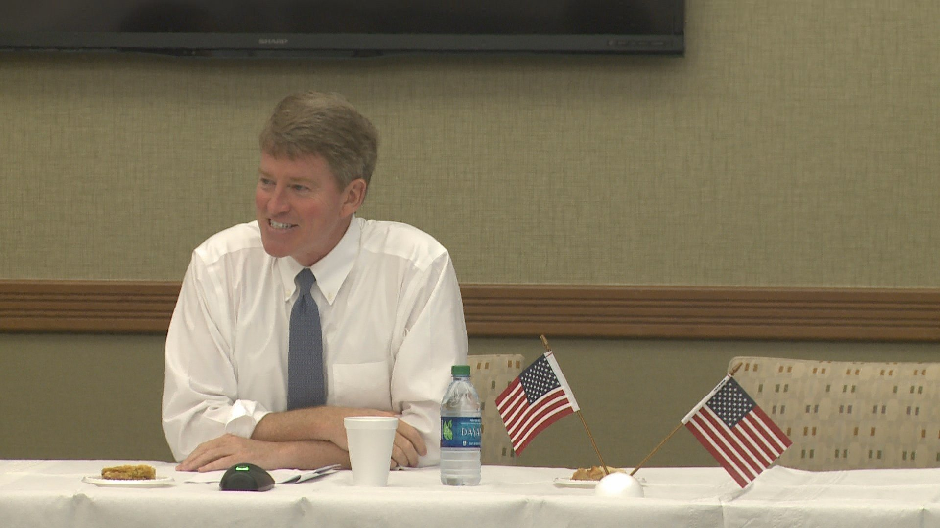 Missouri governor candidate Chris Koster speaks in Palmyra.