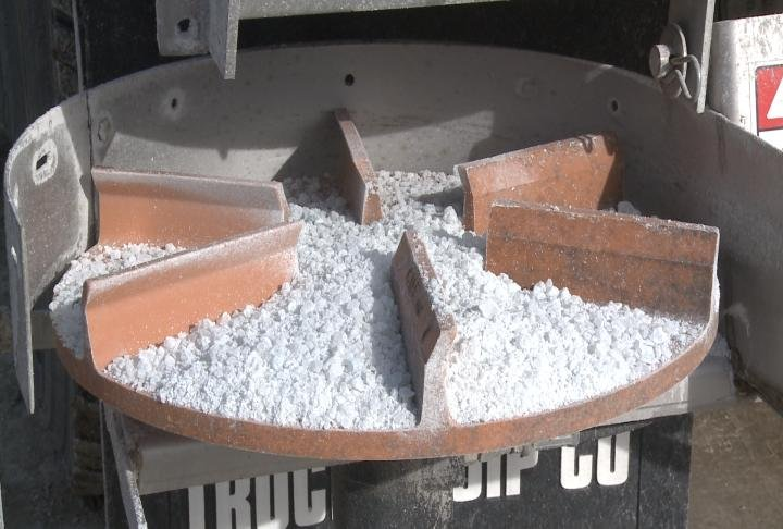 Salt on a truck's spinner