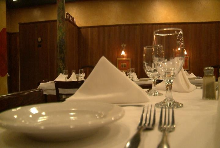 Restaurants like Tiramisu sat empty after cancellations.