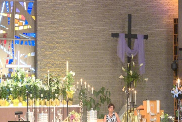 Christians celebrate Easter with religious fervour
