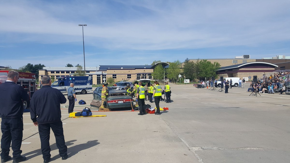 Crews respond to mock crash at WIU