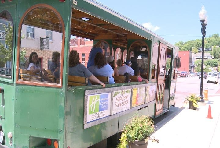 Tourist on trolley ride