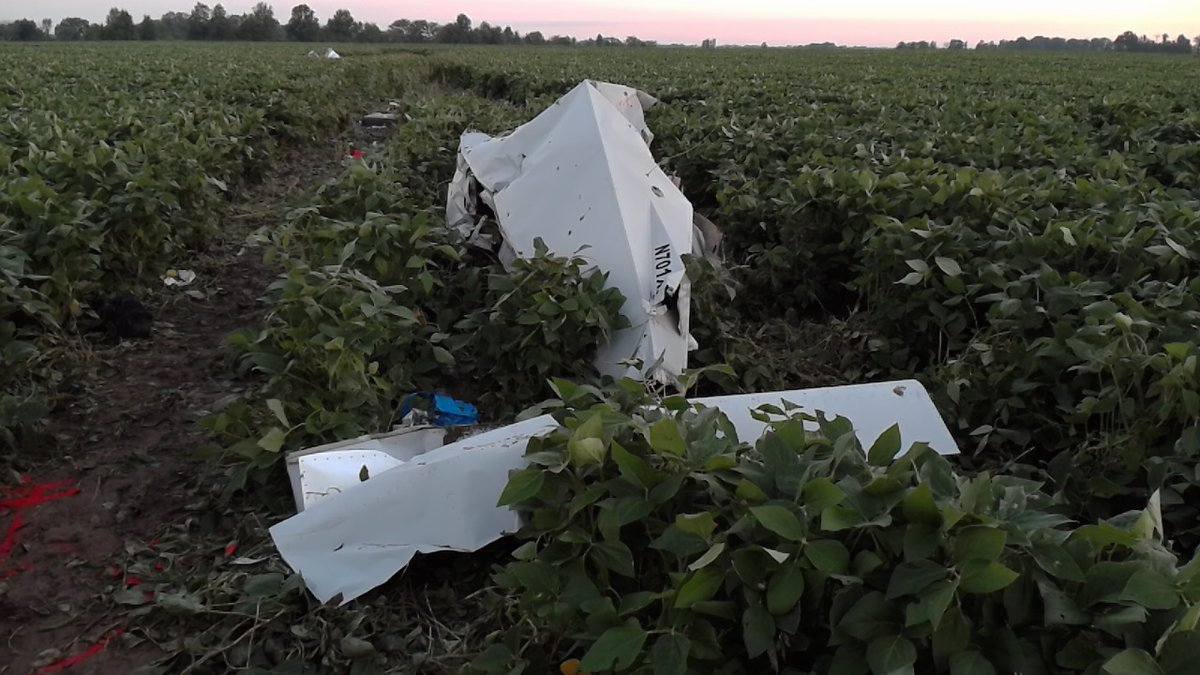 Plane wreckage in a Ralls County soybean field. (Photo courtesy of MSHP)