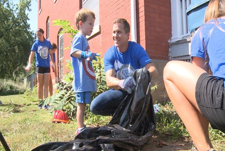 Greitens helping to landscape