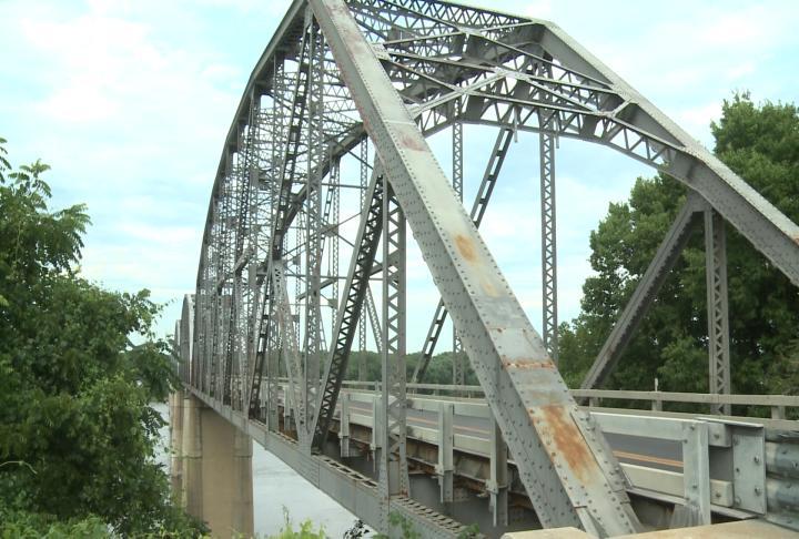 Old champ clark bridge
