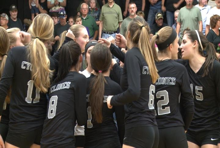 West Prairie returned home and took care of Unity in straight sets.