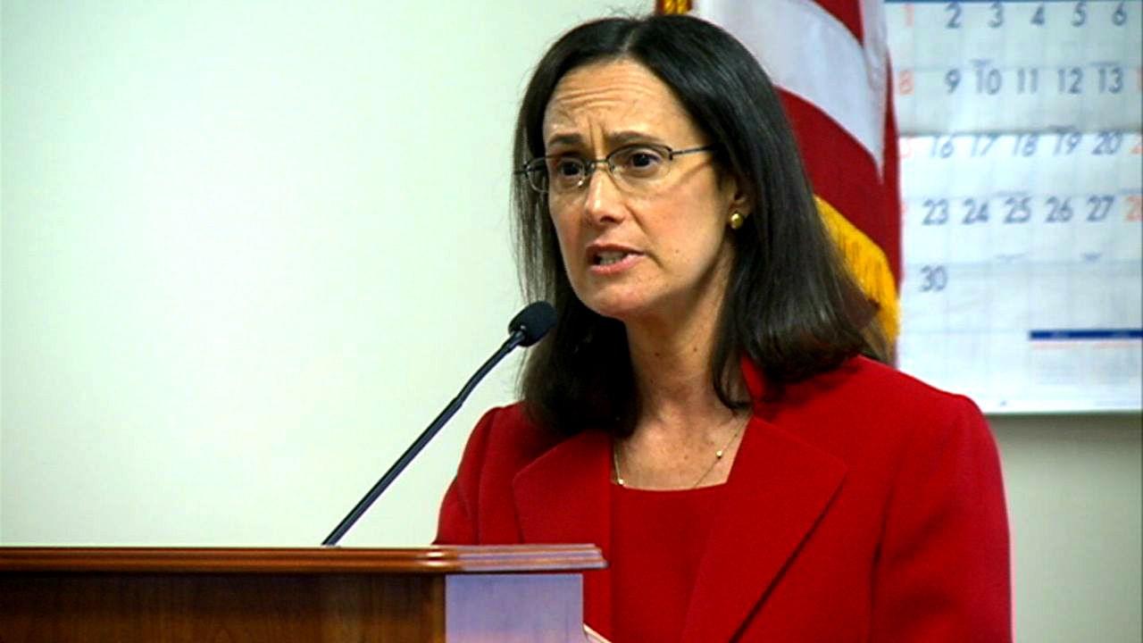 Lisa Madigan (File Photo)