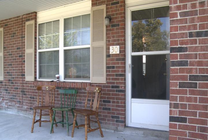 Apartment on 605 North Center Street in Shelbina, Missouri