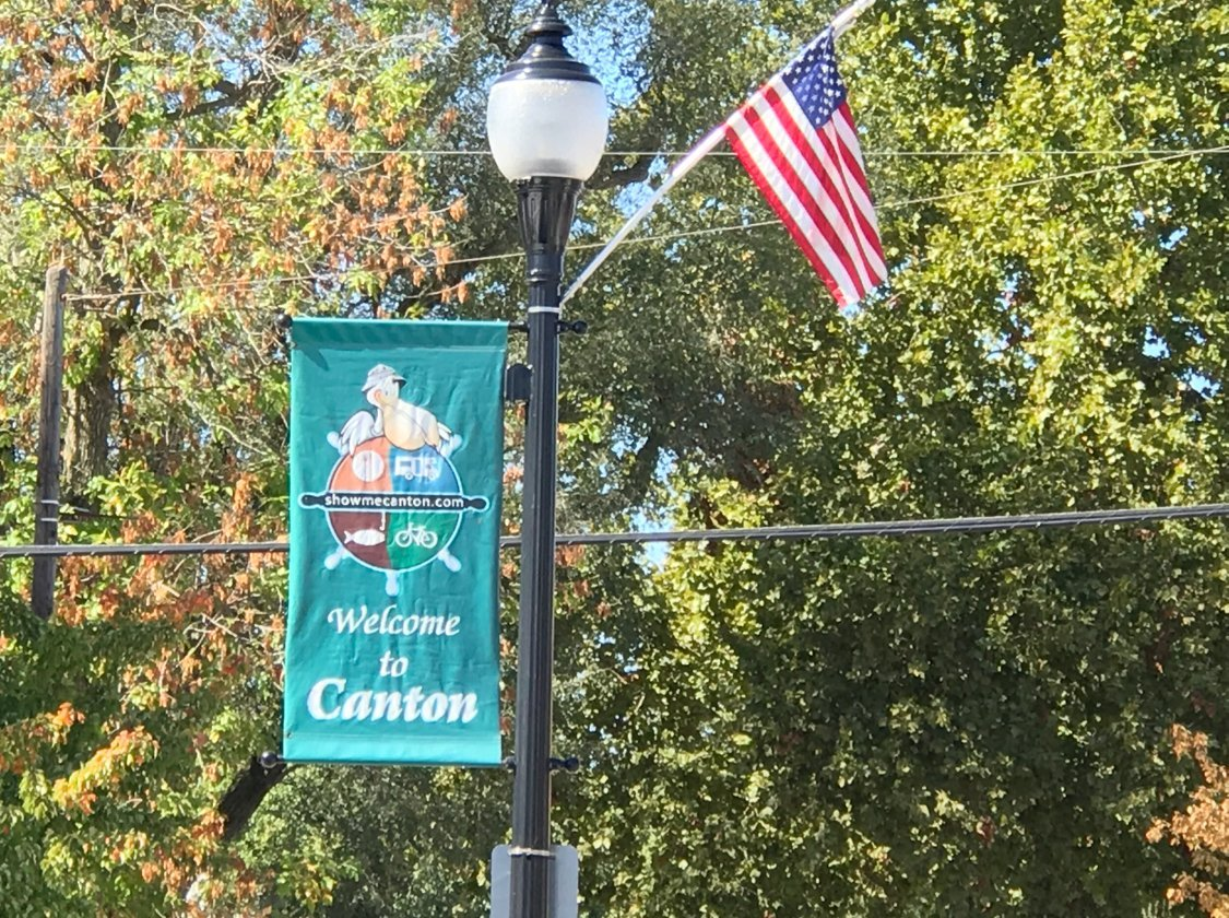 Light pole flag in Canton, Missouri