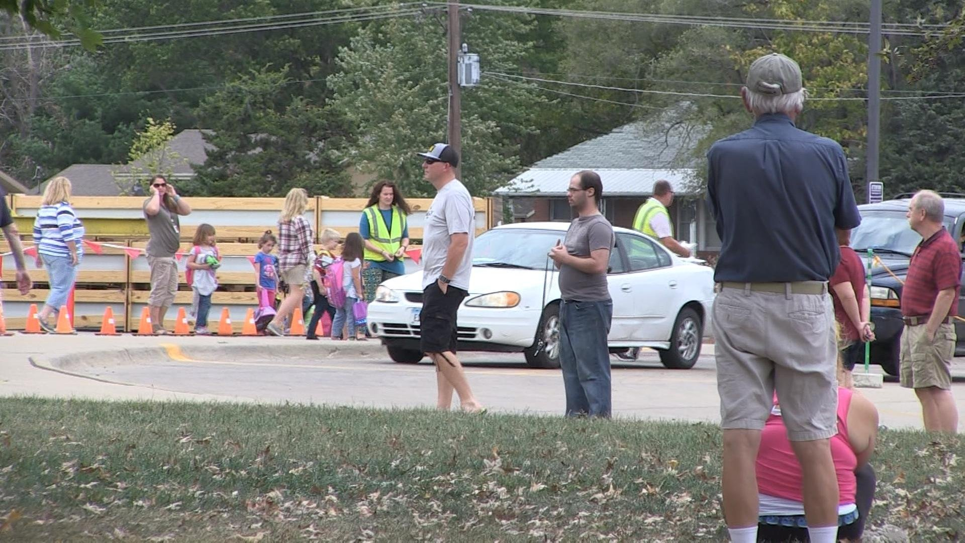 Parents, students and staff outside Hawthorne Elementary School in Keokuk on Tuesday.