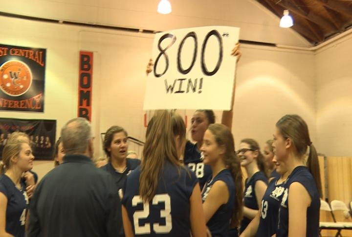 QND defeats Macomb in straight sets for Rich Meyer's 800th win as a head coach.