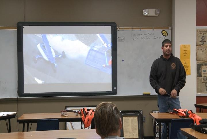 Union leaders giving presentation to the class.