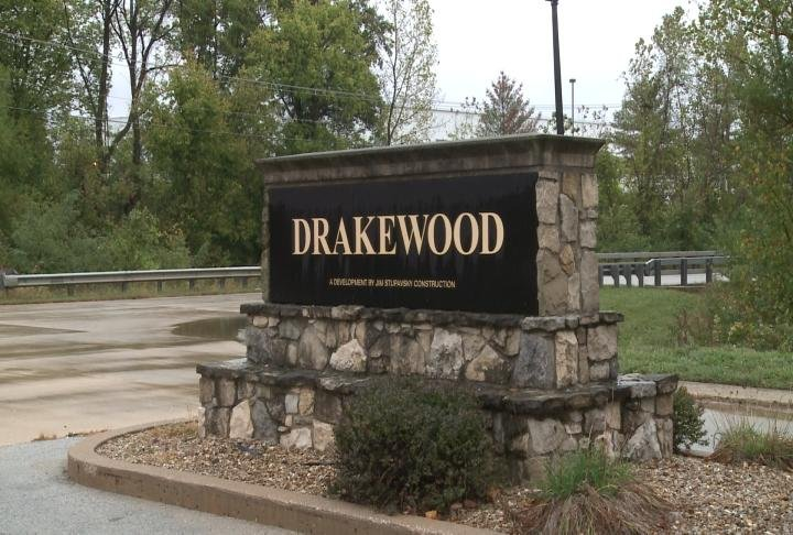 Sign marks entrance to Drakewood subdivision.
