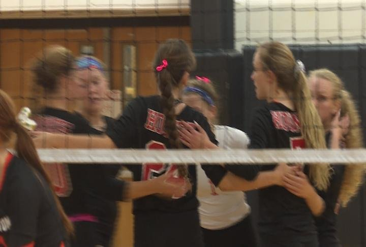 Fort Madison breezed past Washington in straight sets to complete an 8-0 run in conference play.
