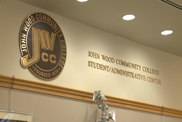 John Wood Community College stress the importance of financial aid.