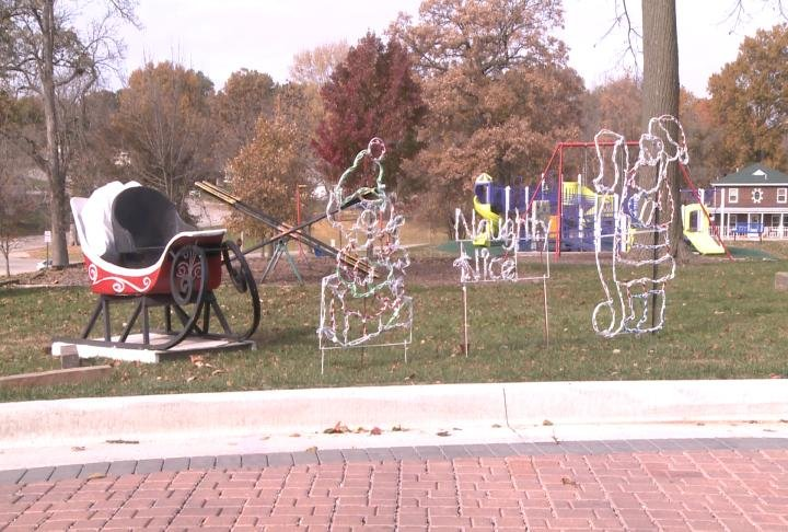 City lights being put up for 29th year.