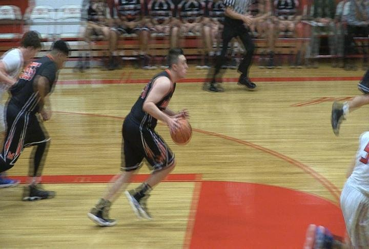 Carter Fayhee had 27 points to help guide Macomb to a win over Pleasant Plains.