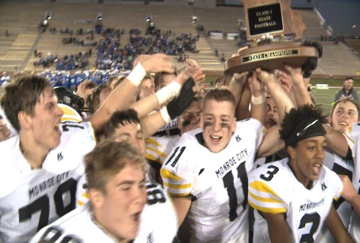 Monroe City captured its first state title in more than two decades by defeating Valle Catholic at Memorial Stadium.