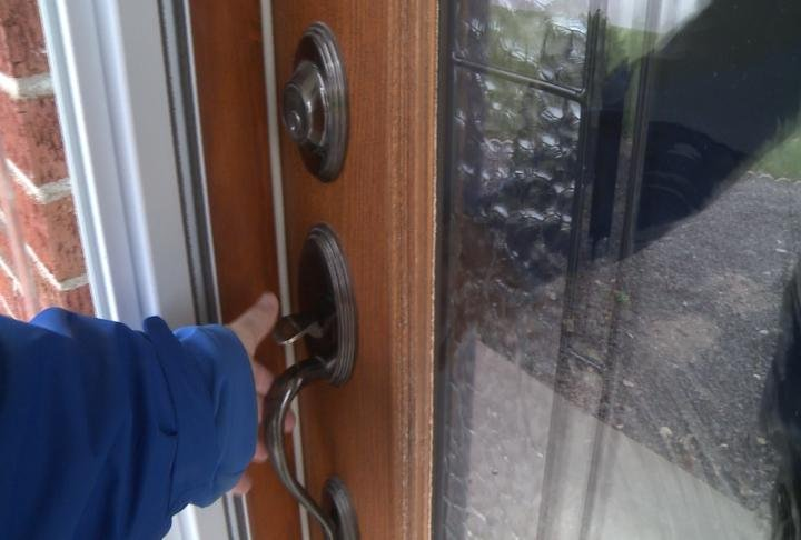 Statistics show 34 percent of robbers use the front door.