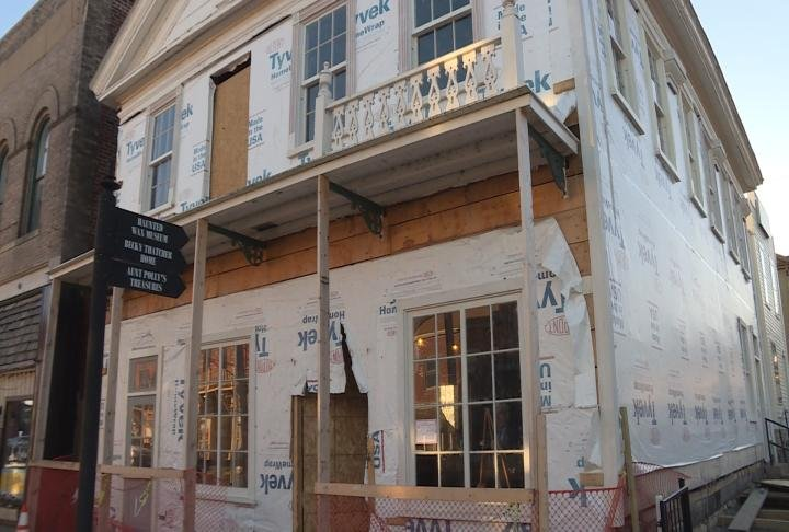 The Pilaster House is undergoing renovations in Downtown Hannibal.
