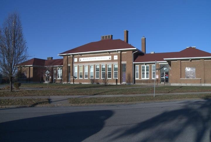 Washington School is one of the buildings to be auctioned off in 2018.