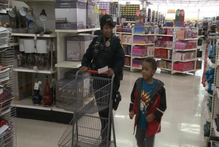 Kids got to shop with officers.