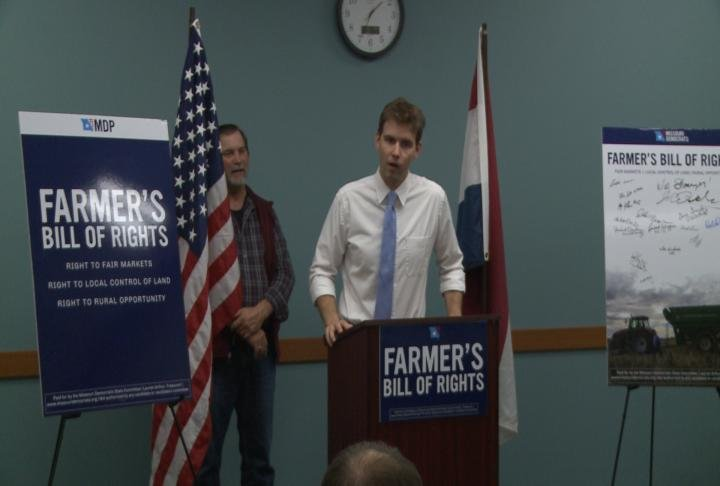 Missouri Democratic Party Chair Stephen Webber talks about Farmer's Bill of Rights.in Hannibal