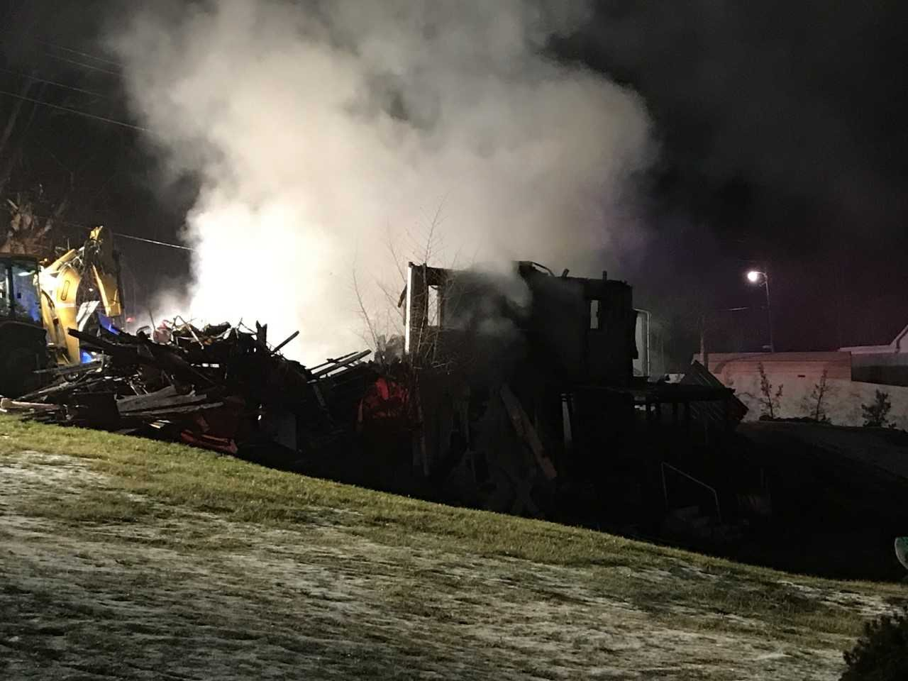 The fire completely destroyed the house.
