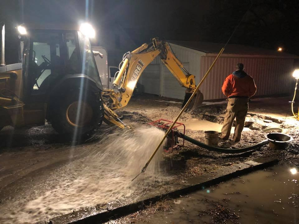Crews working on the water leak Sunday night. (Courtesy of The Media)