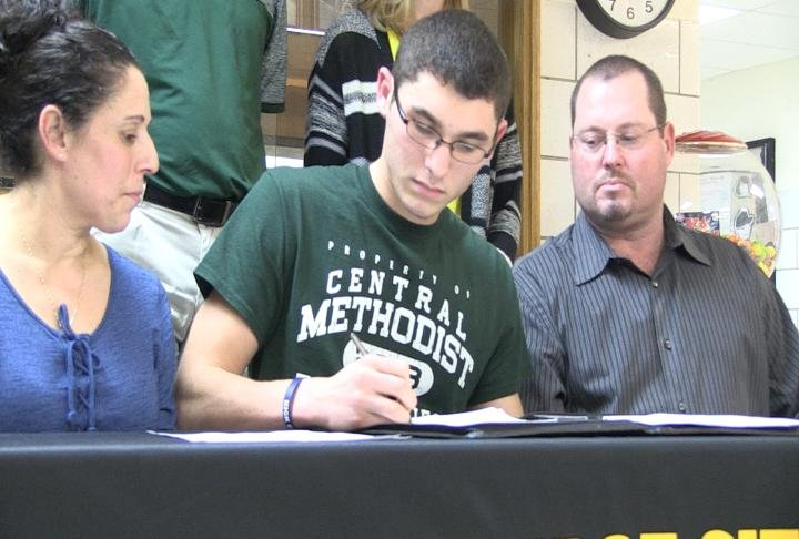 Monroe City's Parker Yager is bound for CMU to continue his pole vault career.