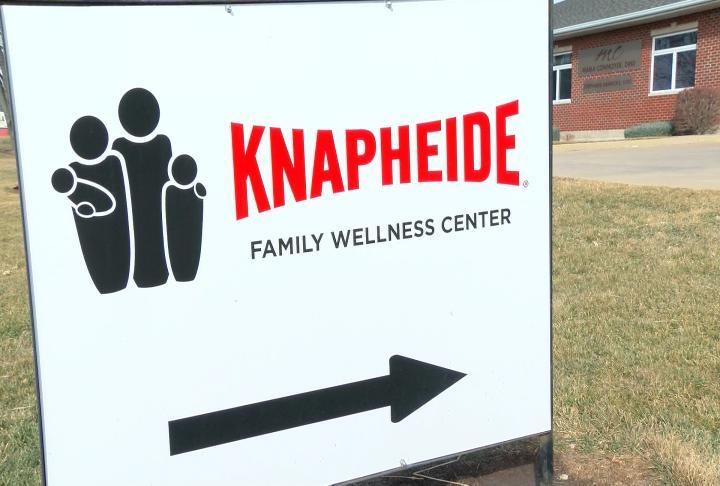 Knapheide Family Wellness Clinic sign