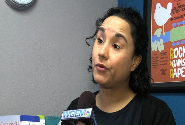 Quanada educator speaks of relationship abuse signs.