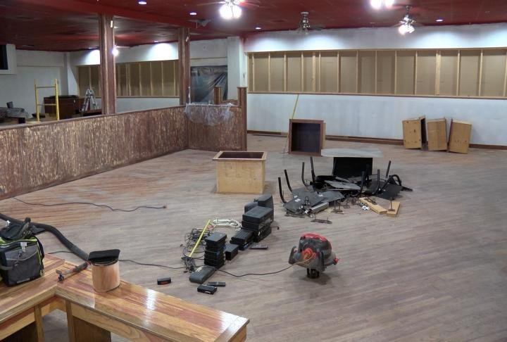 Construction is underway on Que Town BBQ.