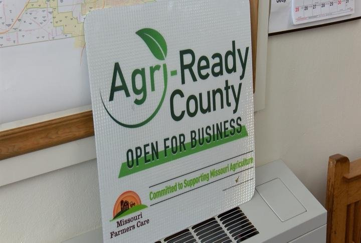 New signs to be put up on roads leading into Marion County