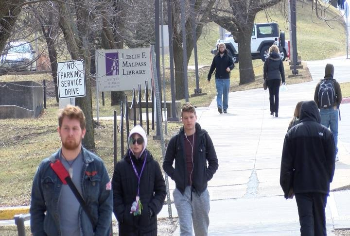 WIU students on campus.