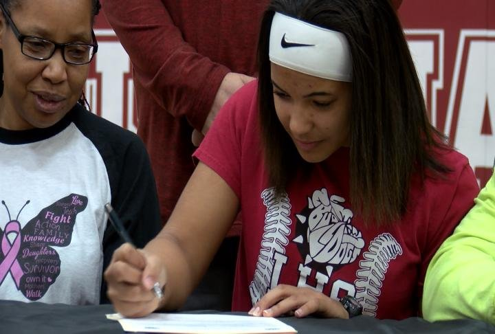 Louisiana's Raelee Burse is taking her softball skills to St. Charles Community College.