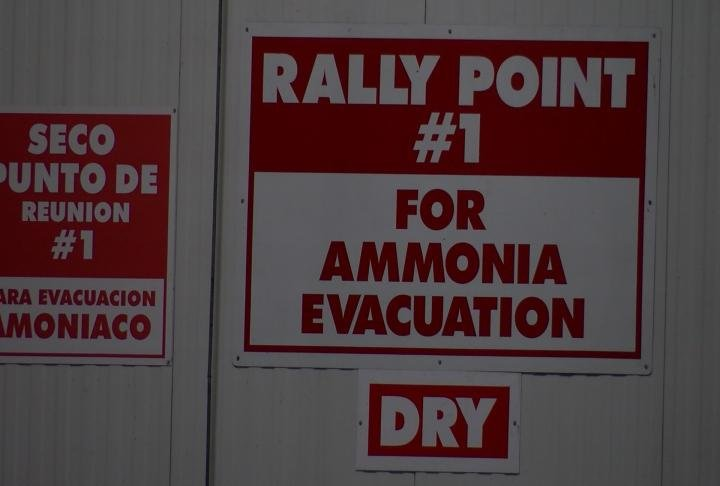 Rally point signs at Dot Foods.
