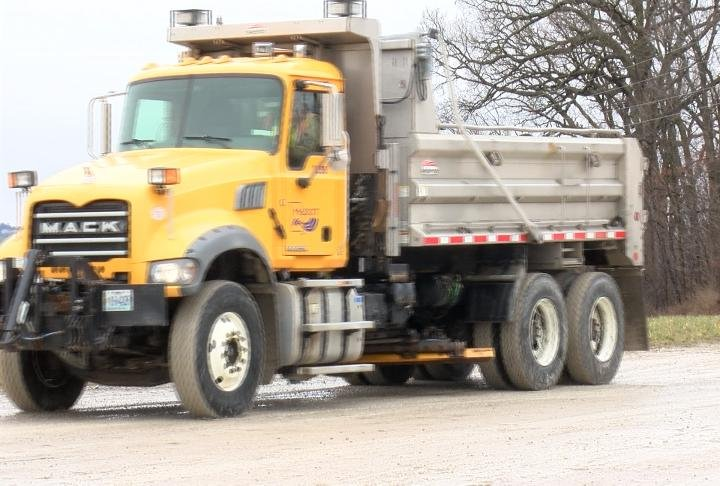 A MoDOT truck that maintenance workers use.