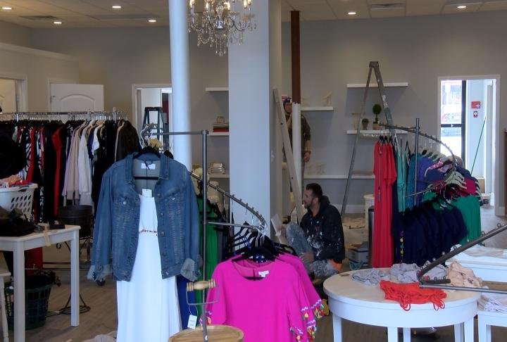 Ally's Boutique has a new location.