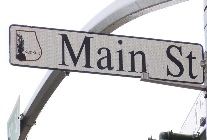 Main Street Sign in Keokuk.