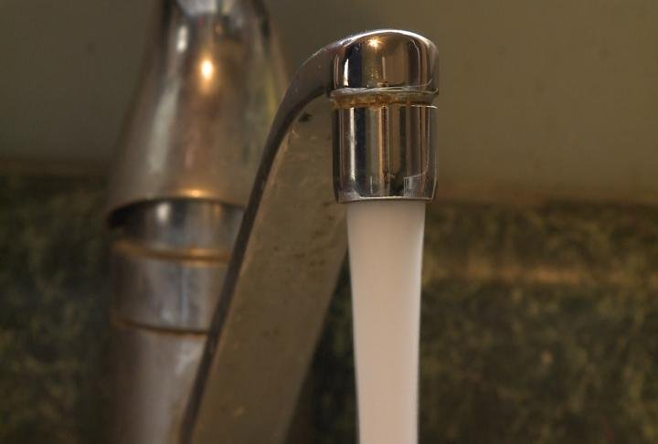 Quincy aldermen have to decide on whether or not to pass a proposed water and sewer rate increase.