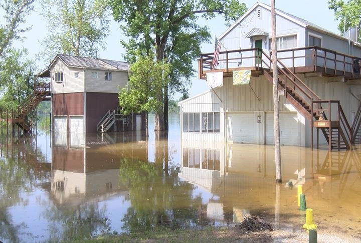 It's a waiting game for those along the Mississippi River as river levels continue to rise