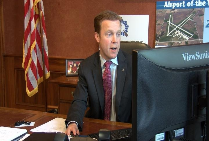 Quincy Mayor Kyle Moore discusses the issue of body cameras for Quincy police.