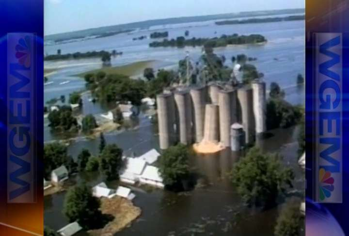 Aerial view of the '93 flood.