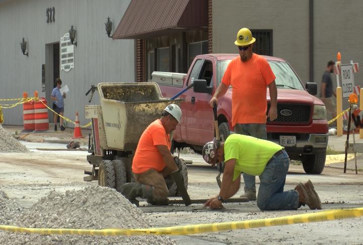 Crews working on Vermont street