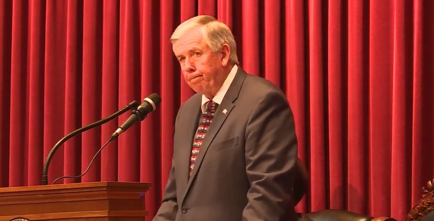Mike Parson addressing the joint session
