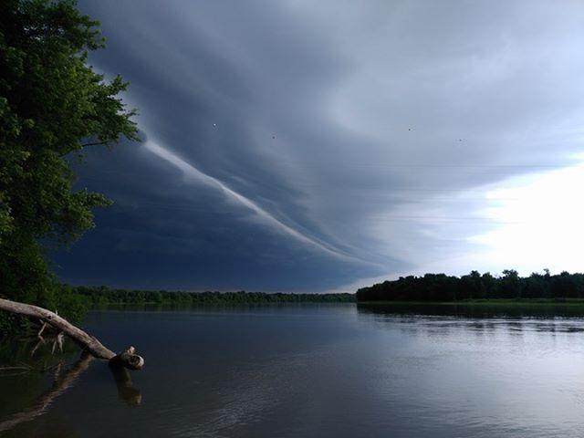 On the Illinois River in Beardstown, Illinois