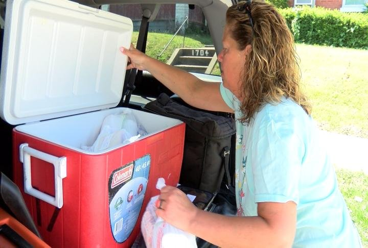 Lynn Riley on her meals on wheels route